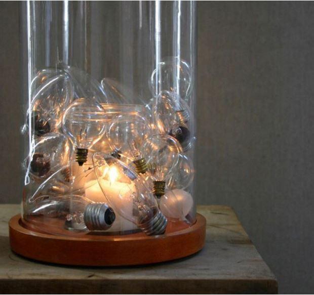 old-lightbulbs