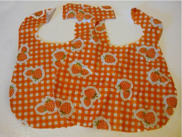 tablecloth-into-a-bib
