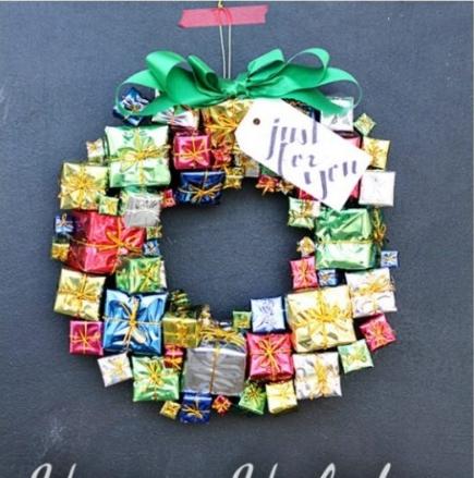 gift-wreath