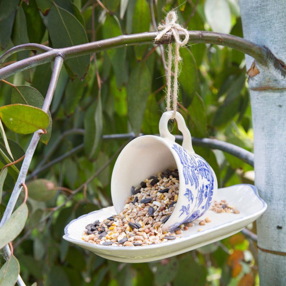 8 Όμορφες & οικονομικές ιδέες για τον κήπο σου – TrikalaView