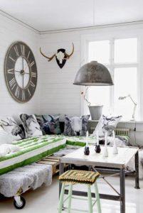 kanapes krevati apo paletes