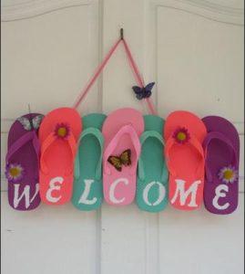 pantofles poy grafoun welcome