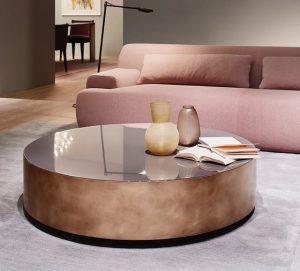 strogilo roz xriso metalliko trapezaki saloniou