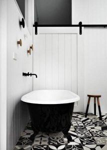 black &white minimal mpanio