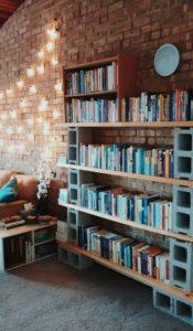 diy bibliothiki apo tsimentolitho