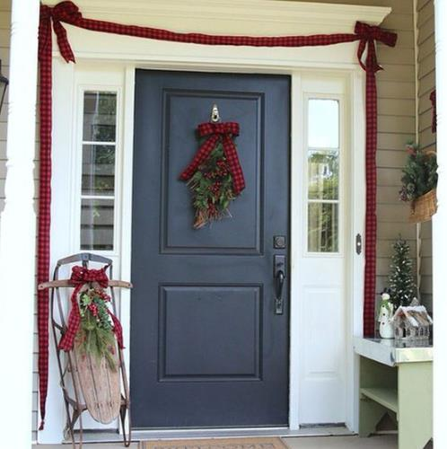 simple front door decor