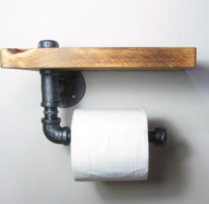 ξύλινη βάση για το χαρτί υγείας