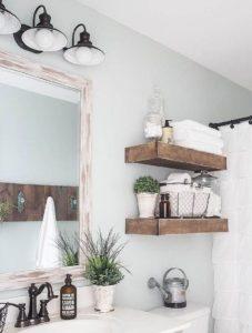 ξύλινες λεπτομέρειες στο μπάνιο