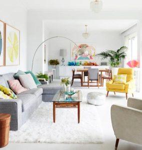 σαλόνι με παστέλ χρώματα