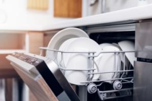 πότε πρέπει να αντικαταστάσεις το πλυντήριο πιάτων σου