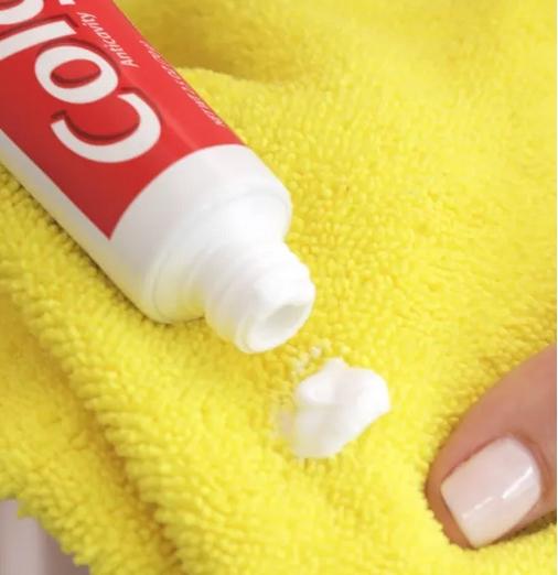 Οδοντόκρεμα και πανί