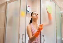 φυσικά καθαριστικά μπάνιου exypnes-idees.gr