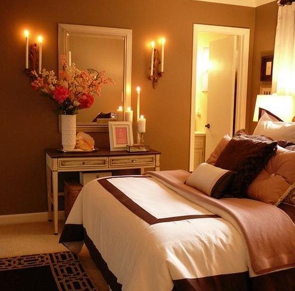 Ρομαντικά κεριά σε κρεβατοκάμαρα
