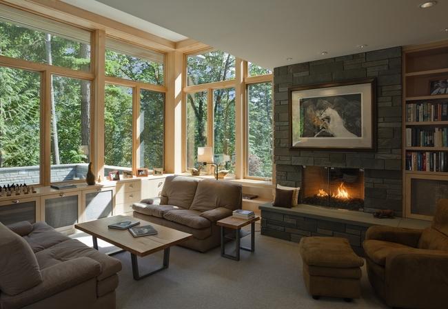 σαλόνια με τζάκι και παράθυρα