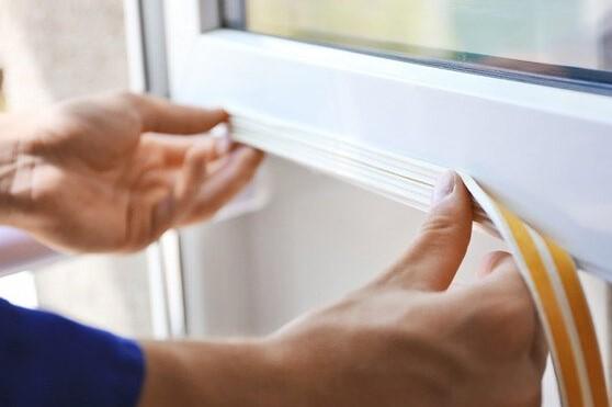 πως θα σφραγίσεις τα παράθυρα του σπιτιού σου για τον χειμώνα