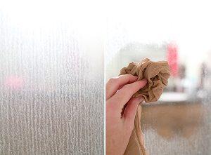 σημάδια νερού γυάλινη πόρτα ντουζιέρας