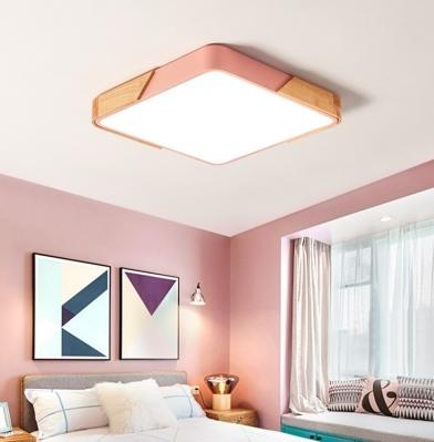 Τετράγωνο φωτιστικό οροφής