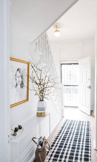 Χολ απροι τοίχοι γαλλικό στυλ