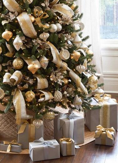 χριστουγεννιάτικοι συνδυασμοί χρυσό και ασημί δέντρο