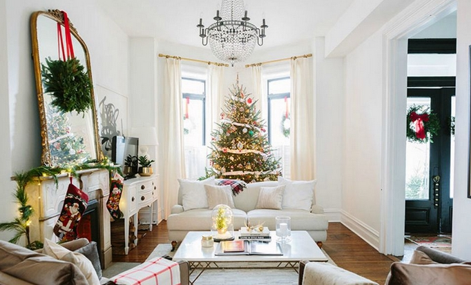 Χριστουγεννιάτικο σαλόνι
