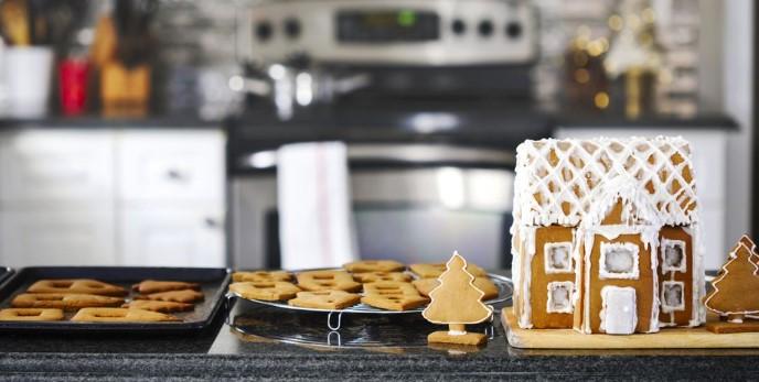 φτιάξε ένα χριστουγεννιάτικο σπίτι από μπισκότα