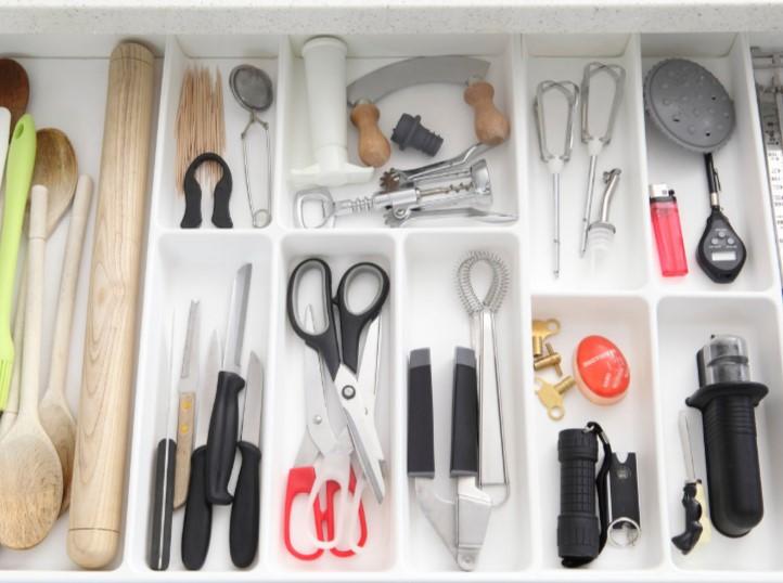 διαχωριστικά συρτάρι σκεύη εργαλεία