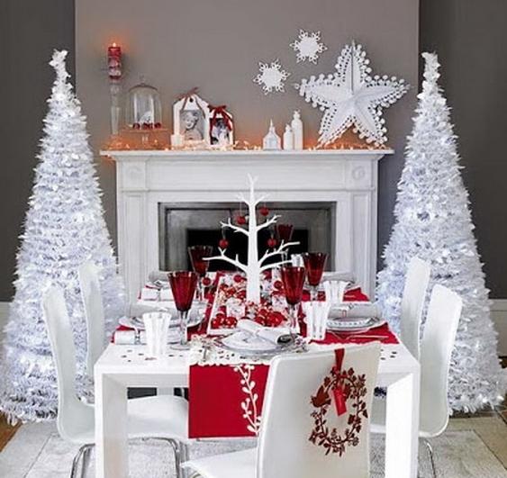 Άσπρος χριστουγεννιάτικός στολισμός: άσπρα δέντρα