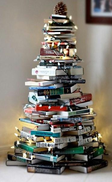 δέντρο από βιβλία φωτάκια δέντρα μικρά σπίτια
