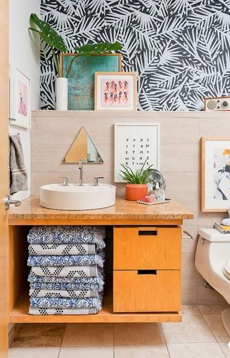 Διαφορετικά σχεδια για τον τοίχο του μπάνιου