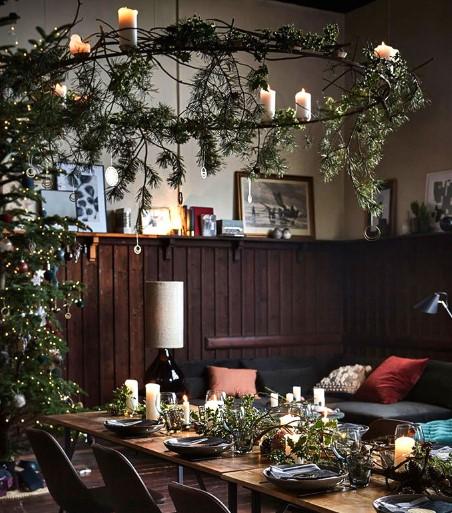 diy χριστουγεννιάτικες κατασκευές με φυσικά κλαδιά από έλατο και βρύα