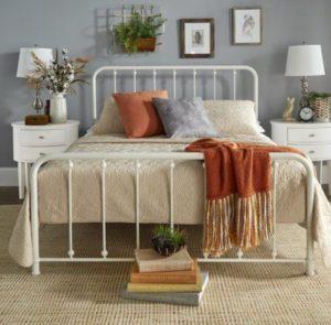Μεταλλικό Κρεβάτι για Vintage Υπνοδωμάτιο