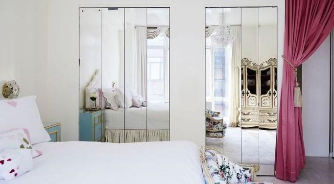 ντουλάπα καθρέπτης στο υπνοδωμάτιο