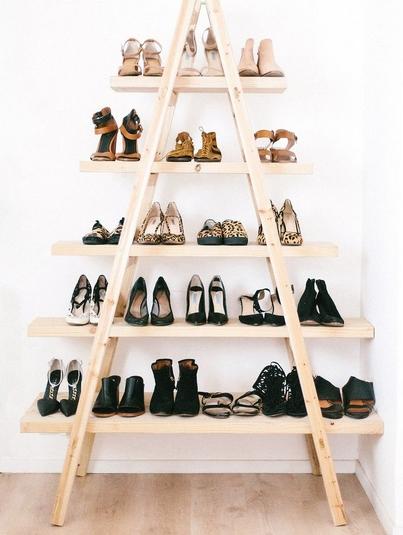 Σκάλα παπουτσιών για παπουτσοθήκη