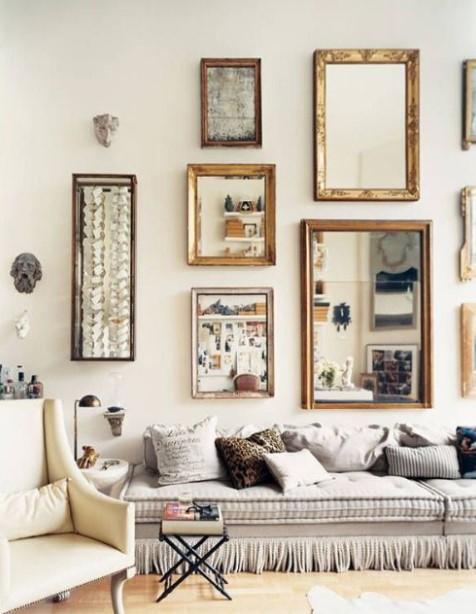 τοίχος γκαλερί με καθρέπτες