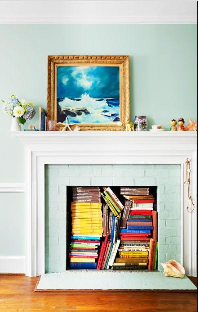 γαλάζια εσοχή για αποθήκευση βιβλίων