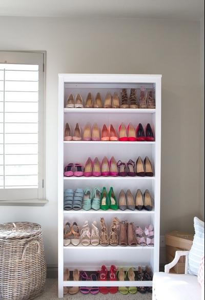 έξυπνη παπουτσοθήκη : βιβλιοθήκη για παπούτσια