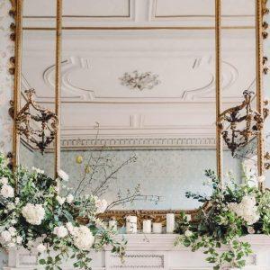 καθρέφτης με λουλούδια