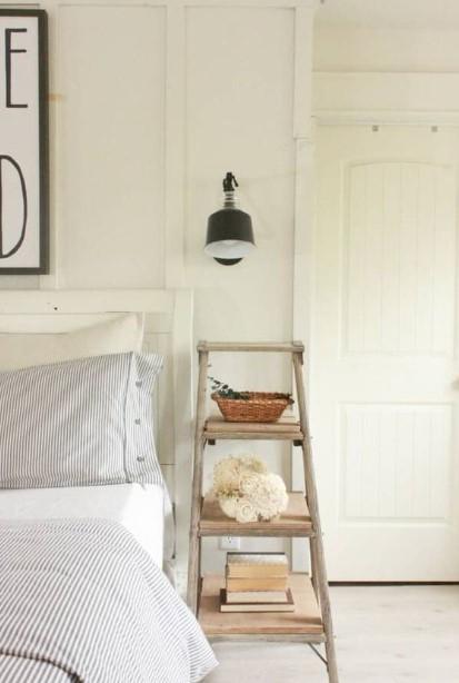 σκάλα κομοδίνο κρεβάτι υπνοδωμάτιο