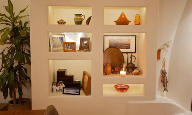 ενσωματωμένος φωτισμός στο τοίχο , διακόσμηση