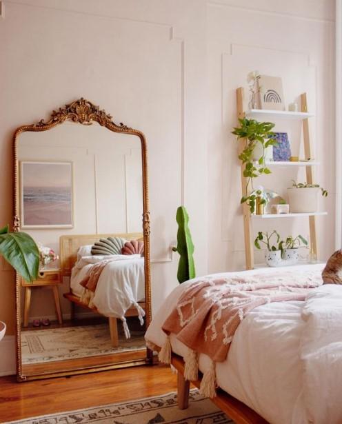 μεγάλος ολόσωμος καθρέπτης διακοσμήσεις vintage υπνοδωμάτιο