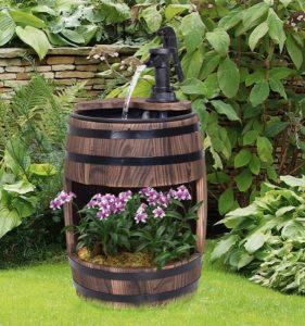 διακόσμηση κήπου ιδέες βαρέλι