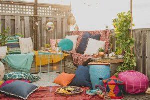 όμορφες ιδέες για το μπαλκόνι με αέρα ανατολής