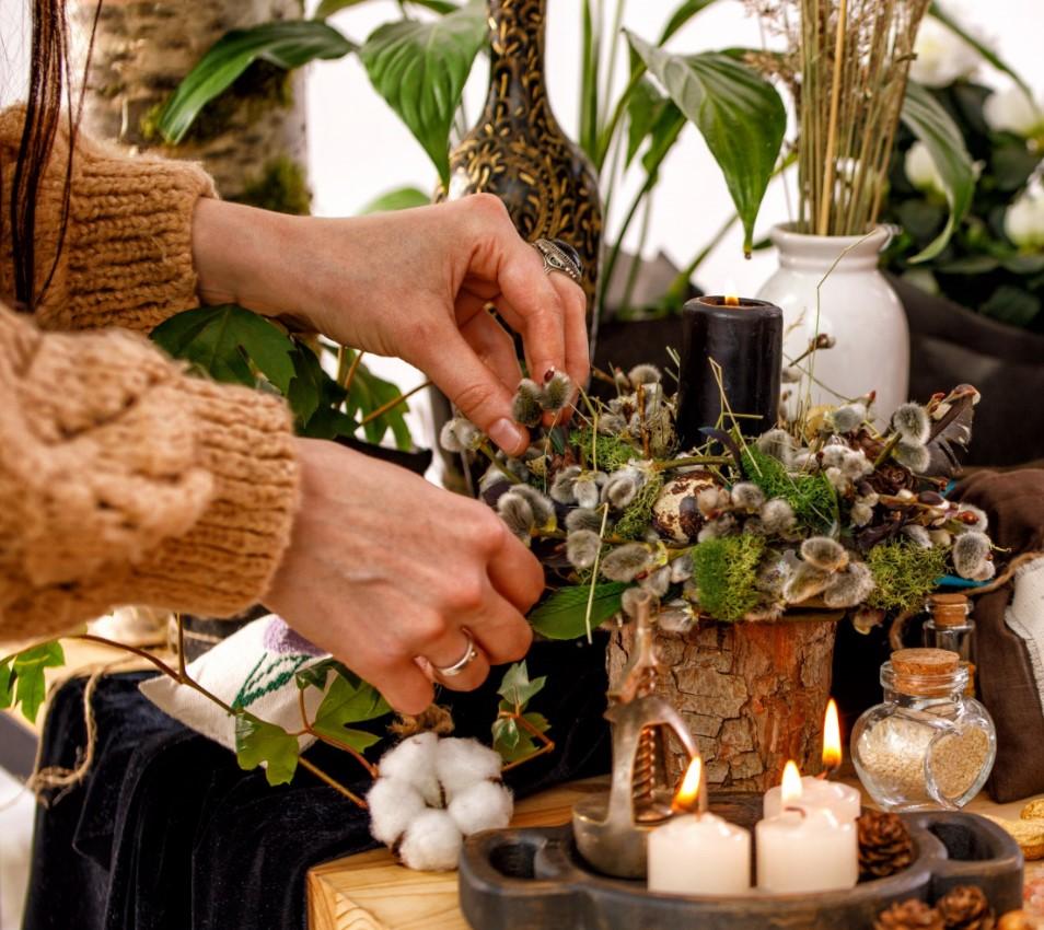 Αποξηραμένα φυτά για boho διακόσμηση στο μπαλκόνι
