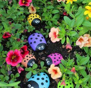 διακόσμηση κήπου πέτρες