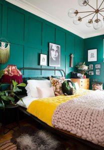 δωμάτιο με χρώματα