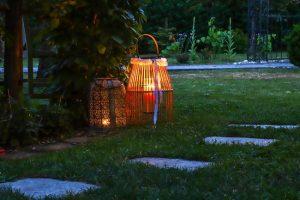 ανανέωση κήπου φαναράκια κεριά