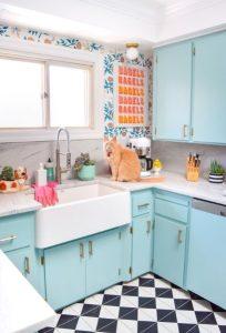 γαλάζια κουζίνα