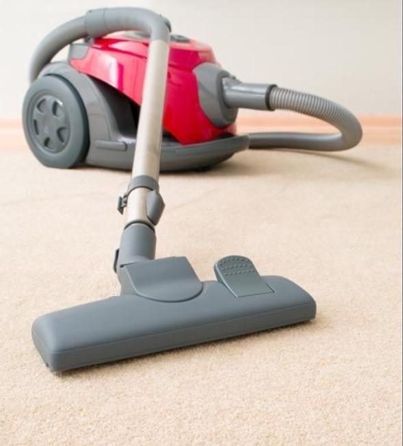 Πόσο συχνά να καθαρίζεις τα χαλιά στο σπίτι