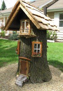 diy σπίτι ξωτικών κορμός δέντρου
