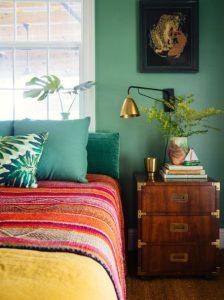 πολύχρωμο υπνοδωμάτιο
